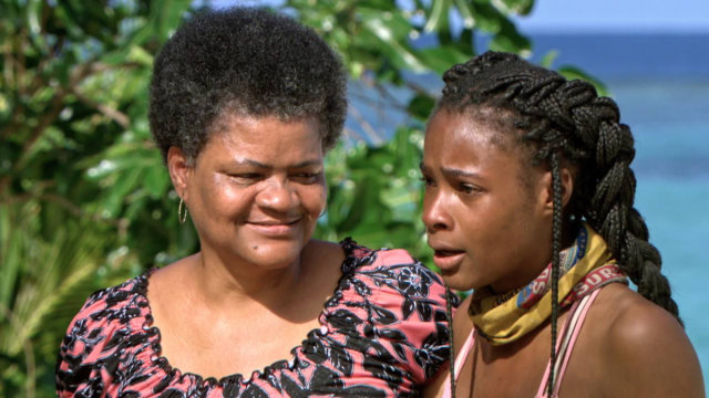 Michaela Bradshaw's mom visits Survivor: Game Changers