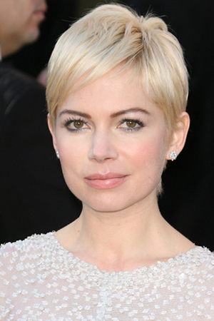 Michelle Williams -- Simple & chic