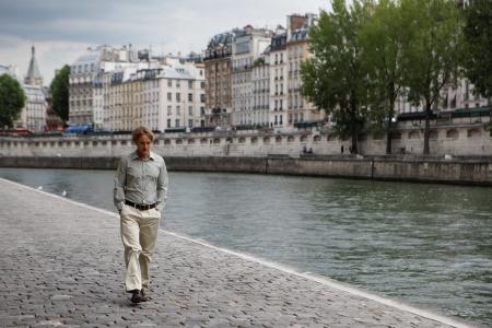 Owen Wilson takes a walk in Midnight in Paris