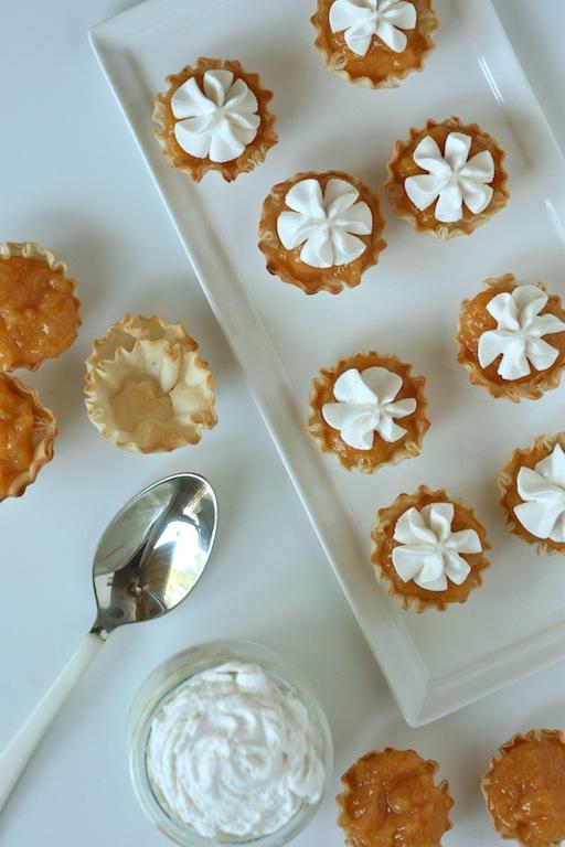mini peaches and cream pies