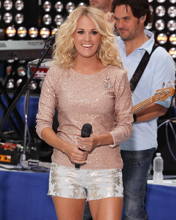 Carrie Underwood performing on the Today Show