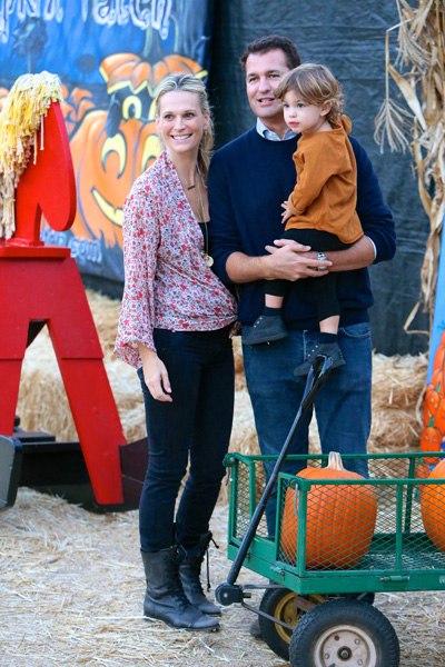 Molly Sims and son at pumpkin patch