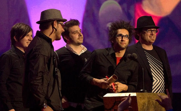 Motion City Soundtrack talks tour life and family.