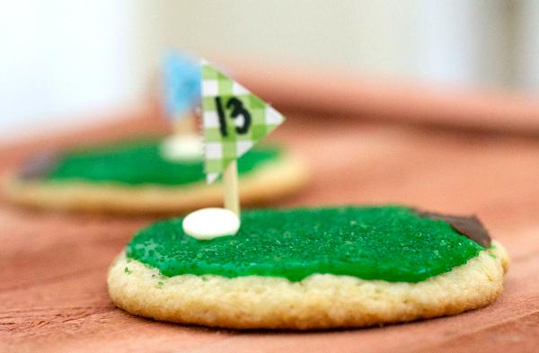 Hole-in-one golf cookies