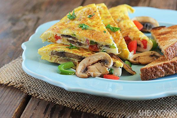 Mushroom and bell pepper omelet