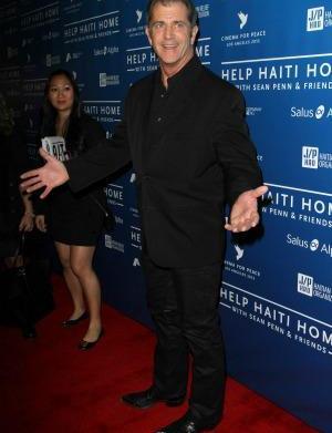 Mel Gibson fires back: Maccabees script