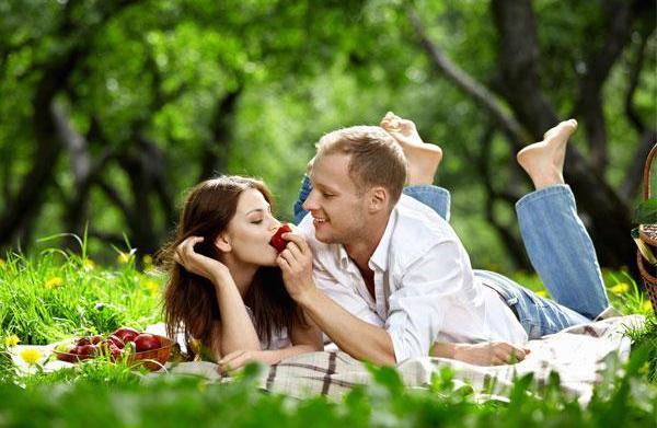 Romantic picnic spots for V-day