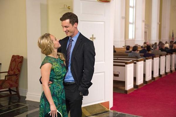 Juliette proposes to Sean on Nashville