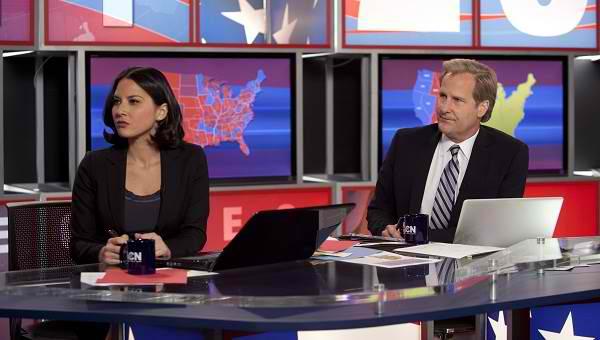 Olivia Munn and Jeff Daniels on The Newsroom