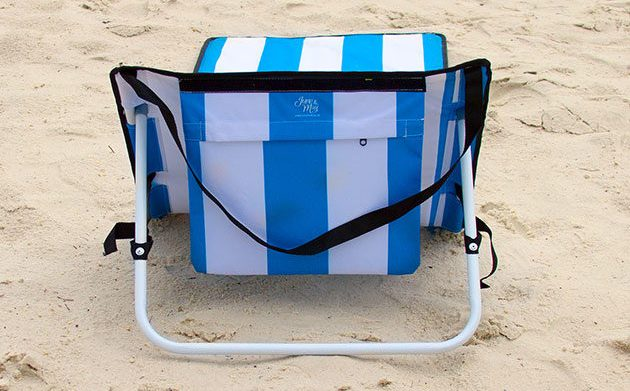 2 Stylish Accessories All Beachgoers Should