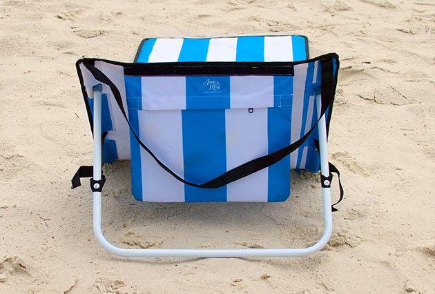 2 Stylish Accessories All Beachgoers Should