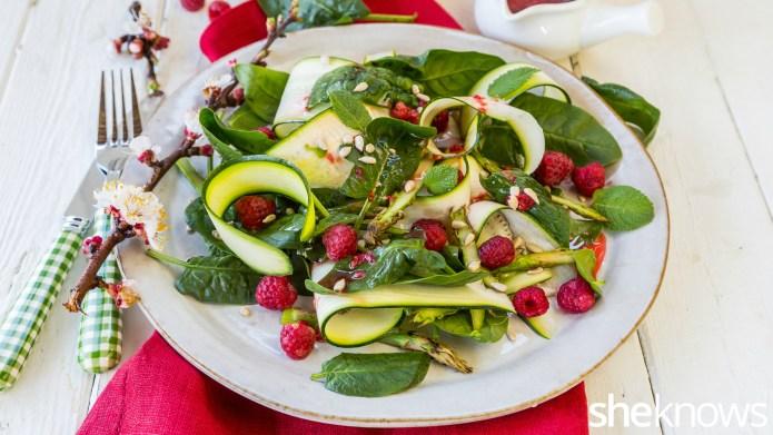 10-Minute zucchini ribbon and green veggie