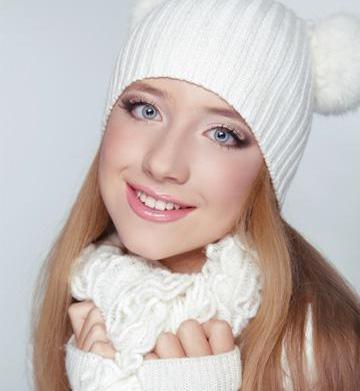 Winter makeup habits harming your skin