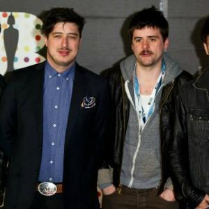 Some famous friends help Mumford &