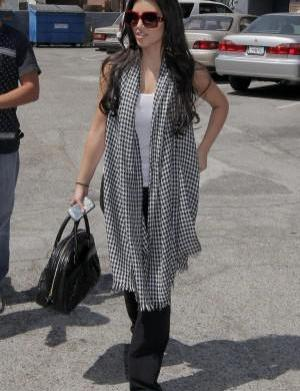 Celeb fashion report: Houndstooth