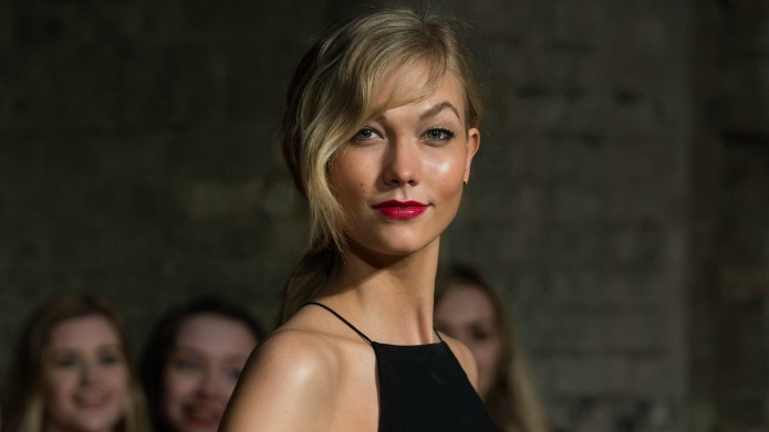 Karlie Kloss is unrecognizable in new