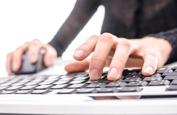 How to manage your online professional