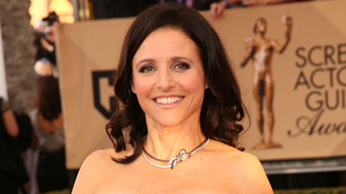 SNL: Julia Louis-Dreyfus as a wigged-out