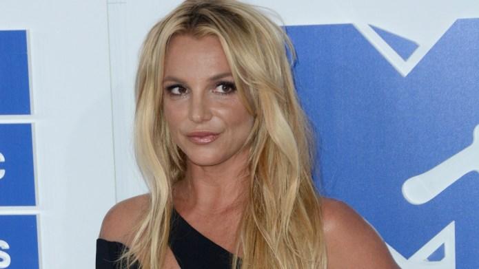 Britney Spears threatening to sue over
