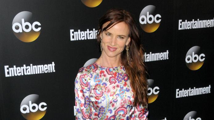 Juliette Lewis gets 'conspiratorial' about Scientology
