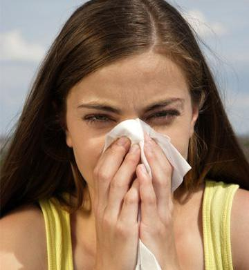 Natural ways to manage spring allergies