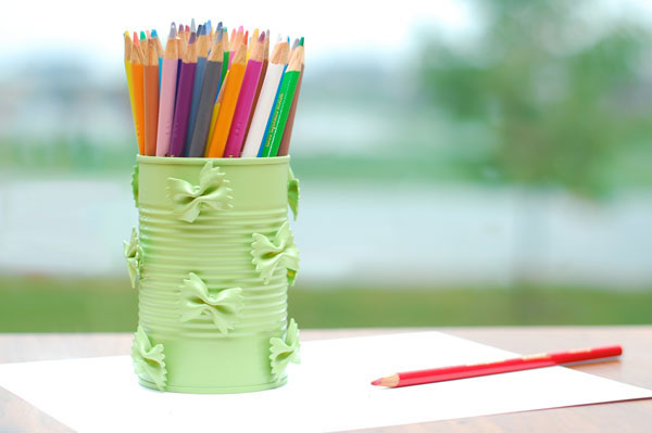 craft vase with colored pencils
