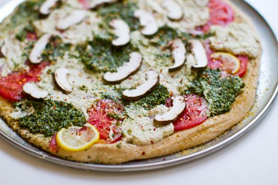 pesto cashew vegan pizza