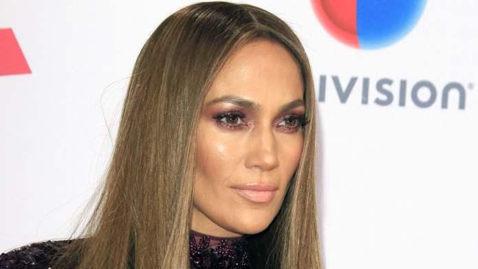 Jennifer Lopez took a moment to