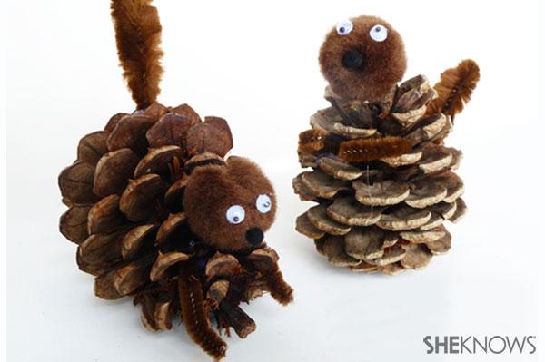 How to make a pine cone squirrel | Sheknows.com