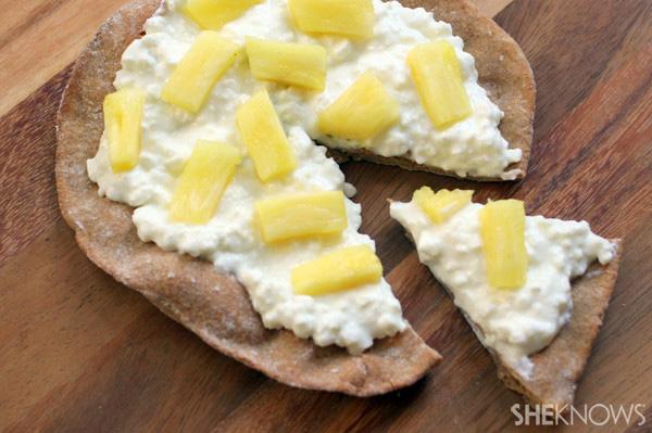 Pineapple breakfast pizza