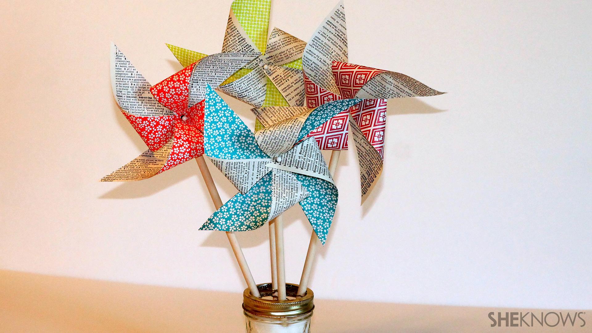 Origami spinning pinwheel