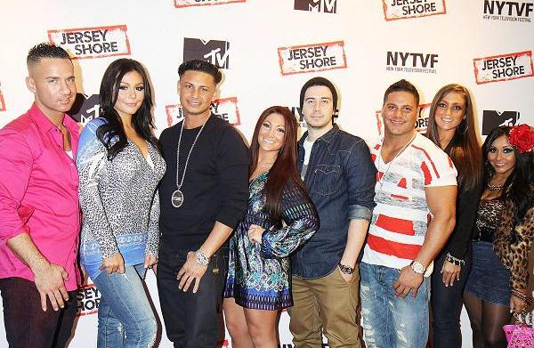 Cast of Jersey Shore featured in