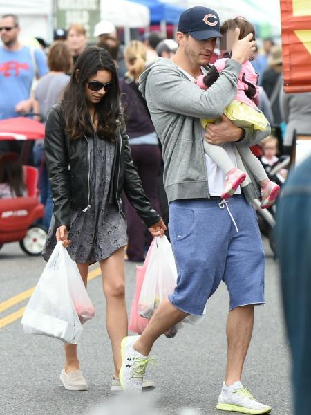 Pregnant Mila Kunis