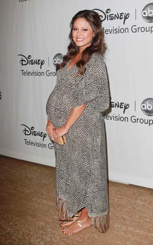Pregnant Vanessa Lachey