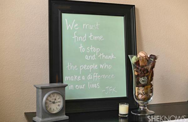 Kids' gratitude board for Thanksgiving