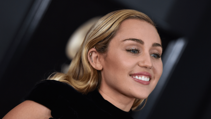 Cops Detained a Crazed Miley Cyrus