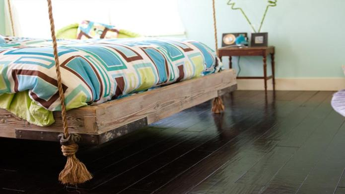 10 Cool beds to hang from