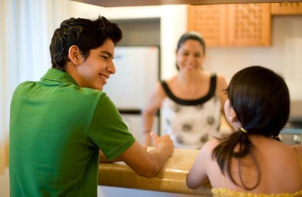 Kitchen designs that encourage family bonding