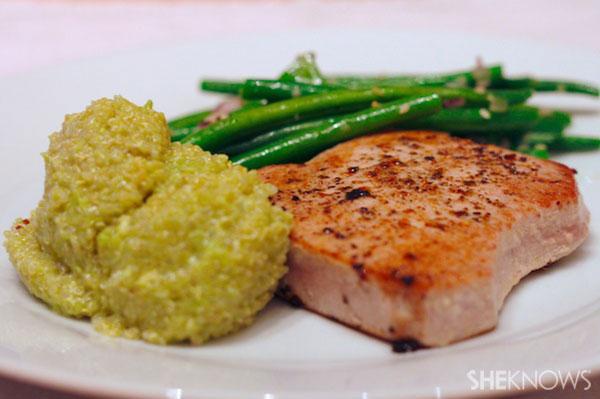 Avacado quinoa with seared tuna steak