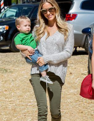 Mommy tweets: Kristin Cavallari's pregnancy news,