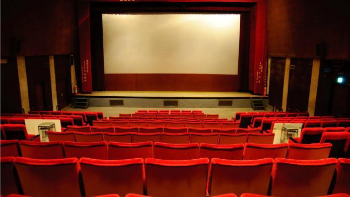 Cineplex Entertainment to offer movie screenings
