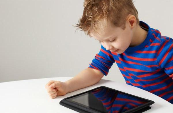 Children and iPads: Tips to helping