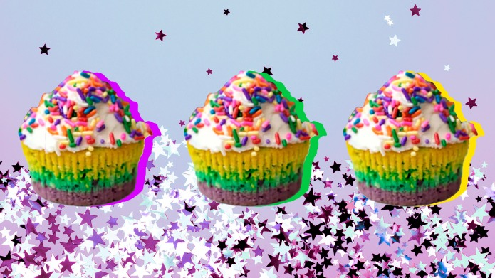 Festive Mardi Gras Cupcakes With Purple,