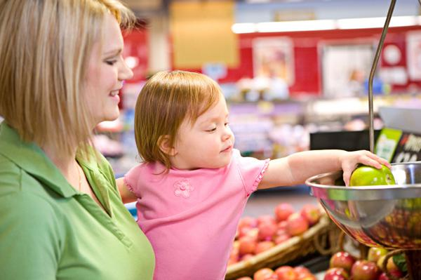 Tips to shop peacefully with young