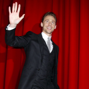 Thor's Tom Hiddleston proves that he's
