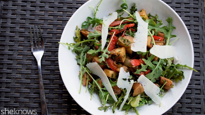 Healthier oven-roasted potato salad with red
