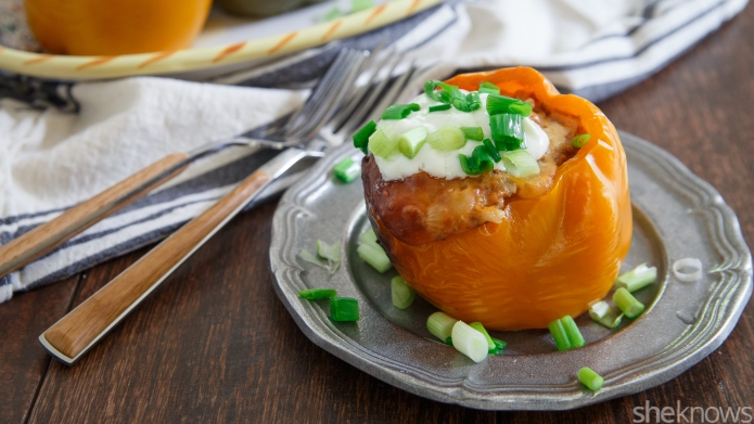 Slow Cooker Sunday: Mexican stuffed peppers