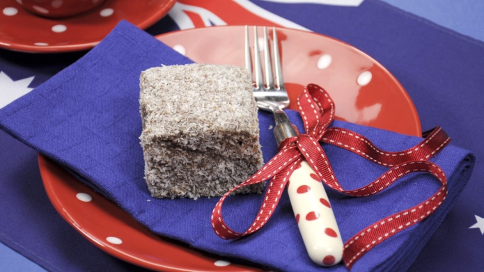 Australia Day dining table place setting