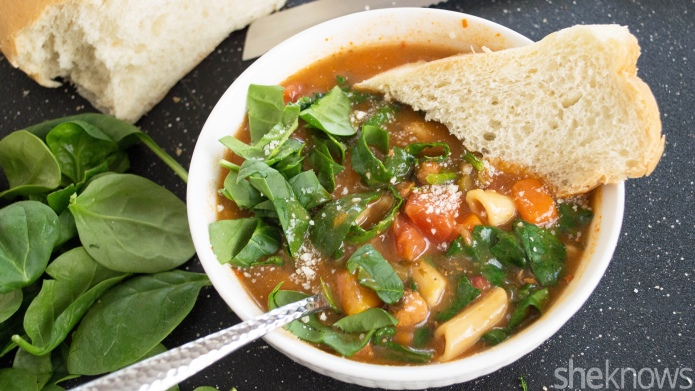 Copycat Olive Garden minestrone satisfies your