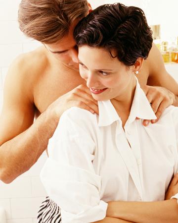 Man massaging woman | Sheknows.ca